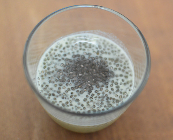 chiaseed_milk1